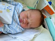 MATĚJ VODIČKA se narodil 27. ledna v 7:16 mamince Kateřině a tatínkovi Janovi z Břas. Po příchodu na svět v plzeňské porodnici U Mulačů vážil bráška dvouletého Vojtíška 3300 gramů a měřil 49 centimetrů.