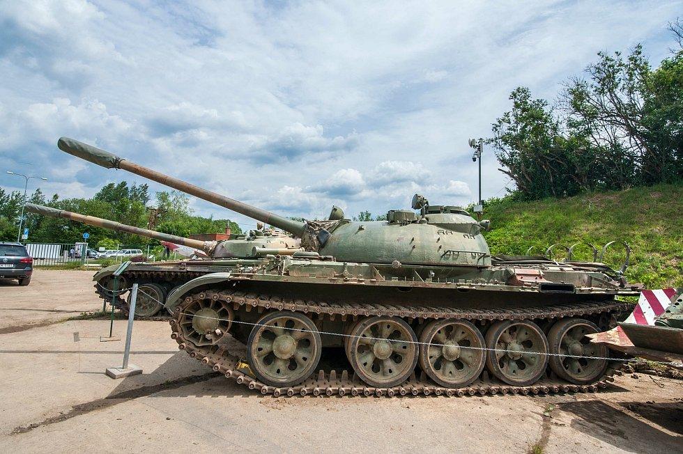 Díky plně funkčnímu stavu je vystavovaná vojenská technika využívaná při nejrůznějších vojensko historických akcích po celé ČR a zejména tuzemskými a zahraničními filmaři. (Na snímku střední sovětský tank T-55)