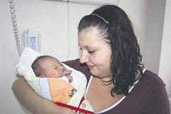 Vanesa HANŽLÍKOVÁ z Mirošova si pro svůj příchod na svět vybrala datum 8. listopadu. Narodila se brzy ráno, ve 4 hodiny a 12 minut. Vaneska vážila při narození 3470 gramů, měřila 47 cm.