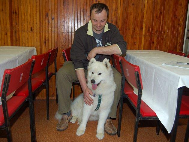 Mezinárodní výstavu psů v Hrádku organizovaná Českomoravskou kynologickou federací, se týkala všech plemen.