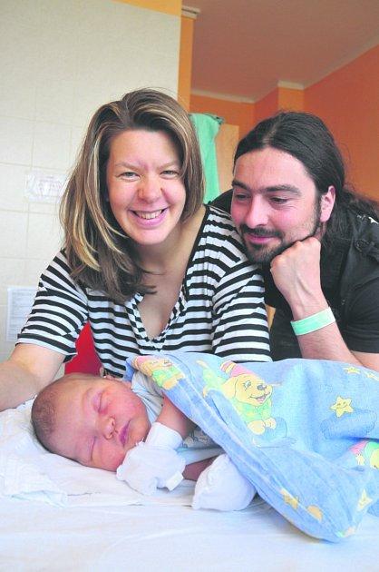 Prokop MASOPUST z Plzně se na sále rokycanské porodnice narodil 21. dubna, dvě hodiny a dvacet dvě minuty po půlnoci. Manželé Michaela a Pavel znali pohlaví svého prvního miminka dopředu. Prokop vážil při narození úctyhodných 4740 gramů, měřil 53 cm.