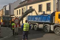 Rekonstrukce v Palackého ulici finišuje