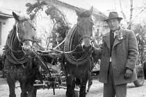 V pátečním vydání najdete další pokračování historických fotografií z obce Těně.