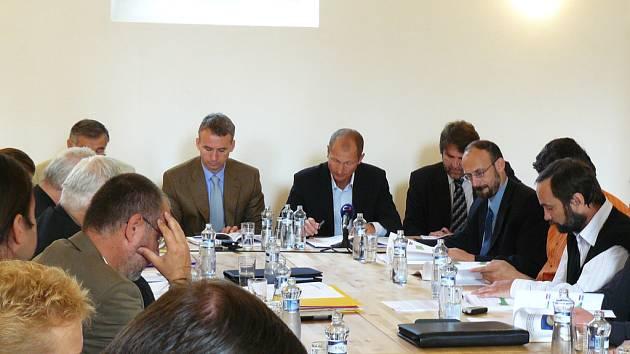 Představitelé všech pozvaných obcí na Klvaňovu schůzku nepřijeli.
