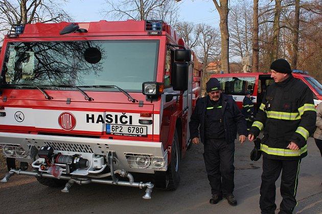 Dobřív – Velké hasičské rojení se odehrávalo v sobotu odpoledne poblíž proslulého Švédského mostu v Dobřívě.