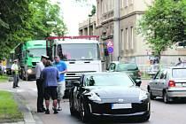 Páteční nehoda v centru Rokycan zkomplikovala dopravu, obešla se však naštěstí bez zranění.