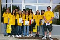 V Hrádku se na aktivitách Českého dne proti rakovině podíleli zástupci základní školy a pionýrské skupiny.