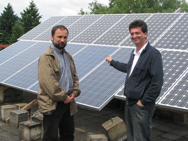 Bývalé strašické kasárny se mění v obří solární park