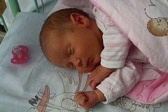 Valentina UHRINOVÁ ze Všetat přišla na svět 7. května. Narodila se dopoledne, v 11 hodin a 28 minut. Manželé Kateřina a Petr věděli dopředu, že jejich druhé dítě bude holčička. Doma už mají syna Dominika (3 roky). Valentinka vážila 3570 g, 49 cm.