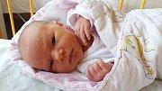 LUCIE SVOBODOVÁ HANDŠUHOVÁ z Rokycan se narodila 20. března mamince Petře a tatínku Petrovi. Přišla na svět v 19:19 hodin. Rodiče pohlaví svého prvního dítěte zjistili až na porodním sále, kde byl tatínek pomáhat. Lucinka vážila 3200 gramů, měřila 47 cm.