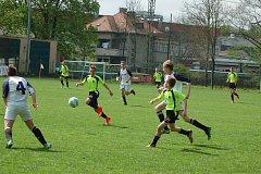 Ve fotbalové krajské soutěži žáků podlehla rezerva FC Rokycany fyzicky vyspělejšímu soupeři z Horšovského Týna 2:7 po poločase 0:2.