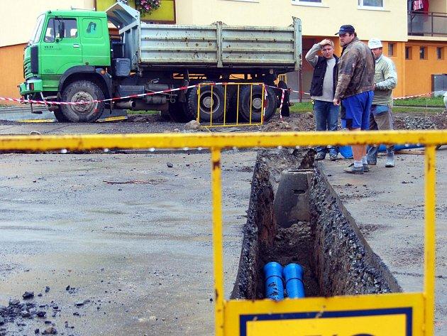 Rekonstrukce křivotky Železná je rozdělena do tří etap.