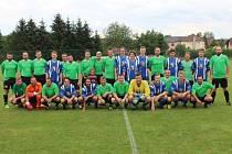 Svátkem pro více než 200 fotbalových fanoušků byl sobotní start extraligových hokejistů Plzně na cheznovickém trávníku