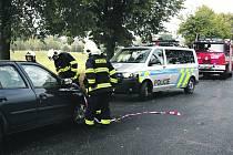 Tragická dopravní nehoda uzavřela komunikaci mezi Mirošovem a Skořicemi.