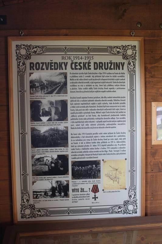 Staré nádraží ve Zbiroze hostí Legiovlak, unikátní soupravu se 14 vozy.
