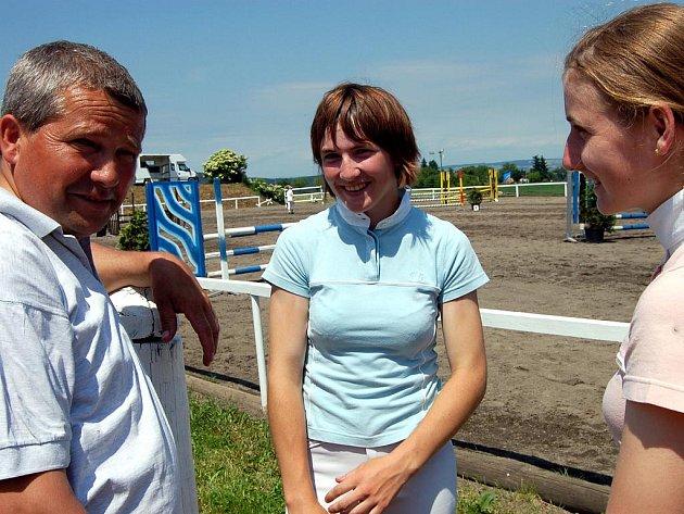 Jezdecký areál nad Mirošovem byl v sobotu dějištěm skokových závodů.