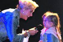 HELENĚ VONDRÁČKOVÉ, patronce Domova sociálních služeb, patřil závěr Liblínských slavností 2018.