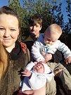 NELA ENDRESOVÁ z Rokycan se narodila 11. března v 0:05 hodin s váhou 3230 gramů a mírou 50 cm. Maminka Jarmila a tatínek Tomáš věděli dopředu, že jejich druhé dítě bude holčička. Na sestřičku se doma těšil bráška Péťa (14 měsíců).