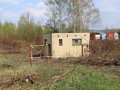 Stará čistička odpadních vod už léta straší matky z bytovek v Břasích.