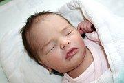 NELA HERZIGOVÁ ze Smědčic se narodila 31. ledna ve 12 hodin a 45 minut. Maminka Daniela a tatínek Lukáš znali pohlaví svého prvního dítěte dopředu. Malá Nelinka vážila 2940 gramů, měřila 49 cm.