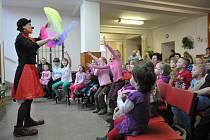 PEPINA, PEPINA, PEPINA... V Hrádku bylo zbytečné ptát se dětí, co se jim v programu, který pro ně je připravený po celý týden v místním kulturním zařízení, líbilo nejvíce, nebo na co se speciálně těší.