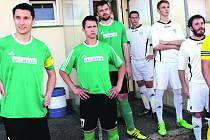 KAPITÁN JAN HEREIT (vlevo) vedl fotbalisty FC Rokycany v dalším utkání krajského přeboru. V Sušici se za něho postavili Ineman, Ječmen a další hráči. Už zítra večer druhý tým tabulky hostí lídra z Tachova.
