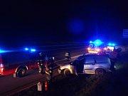 Nedělní noční nehoda omezila provoz na dálnici D5.