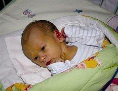 František SLABÝ z Hrádku se na sále rokycanské porodnice narodil 31. prosince. Přišel na svět v 15 hodin a 12 minut. Malý František vážil při narození 2820 gramů, měřil rovných 50 cm.
