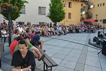 Petr Blecha a jeho hosté roztleskali početné publikum ve Spilce. Při koncertu zároveň iniciovali finanční sbírku pro těžce zkoušený jih Moravy.