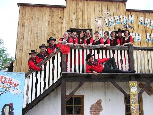 SH Dance tančili pro děti v Halter Valley u Dnešic.