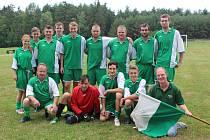 Fotbalový turnaj ve Lhotce se v sobotu odpoledne týkal čtyř týmů.
