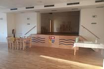 Slavnostně otevřený opravený kulturní sál v Přívěticích