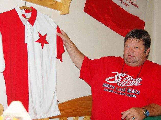 Odbor přátel SK Slavia Praha se v restauraci stadionu FC Rokycany  sejde ve čtvrtek  před 18. hodinou
