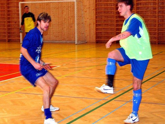 Studenti v pondělí hráli futsalovou ligu. Postup se týkal Chebu a Horšovského Týna.