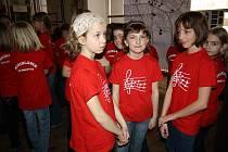 Mezi soutěžícími sbory, které se zúčastnily krajské přehlídky v Rokycanech, byl i Minihlásek z Přeštic. Další fotografie uveřejníme zítra a budou zaměřené  na soutěžící z Rokycanska.