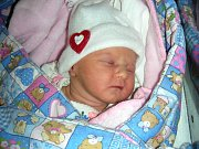 MAGDALÉNKA HUMLOVÁ, prvorozená dcerka manželů Karolíny a Marka z Holoubkova, se narodila 10. prosince 2017 v Hořovicích. Magdalénka vážila po porodu 2,45 kg a měřila 46 cm.