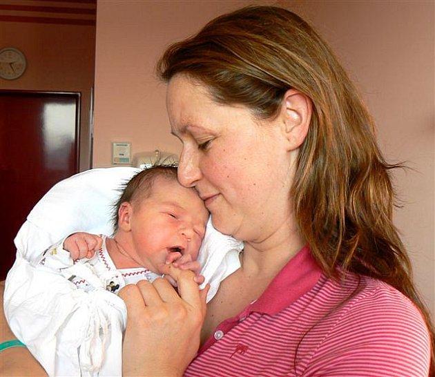Charlotte Hrabalová z Rokycan se  narodila  30. listopadu ve fakultní nemocnici v Plzni. Přišla na svět v 17 hodin a 54 minut. Její porodní váha činila 3400 gramů, měřila 51 cm.