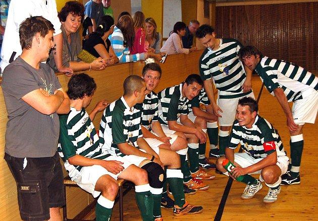 Rokycanský futsalový tým s nevšedním názvem se staral o senzace v poháru. Až ve finále krajské části podlehl Lochotínu 0:4. V poločase pondělního střetnutí ještě hráči působili optimisticky, prohrávali jen o gól.