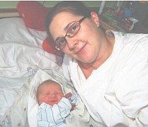 Kristian Marek ŘÍHA z Plzně se na sále rokycanské porodnice narodil 4. října. Přišel na svět v 11 hodin a 39 minut dopoledne. Manželé Petra a Marek věděli dopředu, že jejich první dítě bude chlapeček. Malý Kristian vážil při narození 3200 gramů, měřil rov