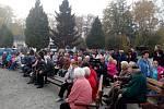 Občané Břas čekají na prezidenta.