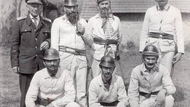 Stránku historických fotografií připomínajících život v bývalém Československu najdete v pátečním vydání Rokycanského deníku. Tentokrát se jedná o první část snímků z obce Vísky.
