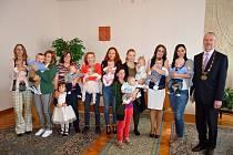 Ve zbirožské obřadní síni se uskutečnilo vítání nedávno narozených obyvatel města.