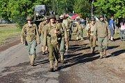 Do vojenského prostoru mezi Dobřívem a Strašicemi proududily tisíce návštěvníků.