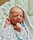 KRYŠTOF TREML se narodil 14. července ve 20:17 mamince Marii a tatínkovi Tomášovi z Rokycan. Po příchodu na svět v plzeňské porodnici U Mulačů vážil jejich prvorozený syn 3400 gramů a měřil rovných 50 centimetrů.