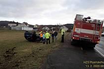 Nehoda osobního auta u Svojkovic