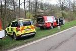 Osobní auto v Kamenném Újezdě po střetu s kamionem skončilo v potoce