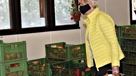 Prodej jablek i jiné zeleniny v Sadech Schwarz