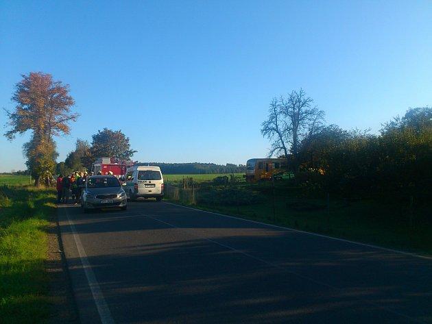 Kolize u Příkosic si naštěstí nevyžádala žádná zranění. Brzy se motoristé dočkají světelného přejezdu.