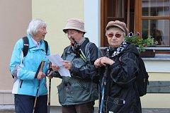 Na vrchol Kotle se v sobotu vydaly i dámy zralého věku.