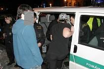 Policisté o víkendu kontrolovali restaurace, bary a jiné podniky. Zaměřili se na dodržování zákazu podávání alkoholu mladistvým a nezletilým osobám.